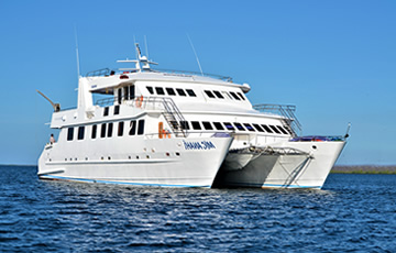 Anahi Catamaran Galapagos Yacht