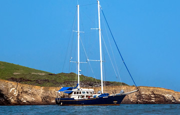 Beagle Yacht Galapagos
