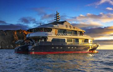 Camila Galapagos Catamaran