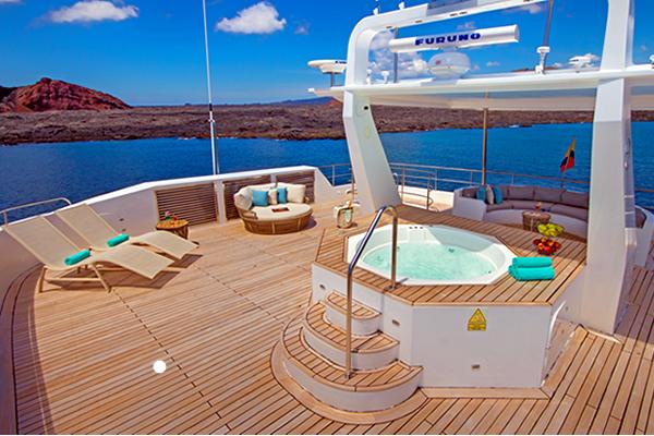 Alya Galapagos Catamaran Sundeck