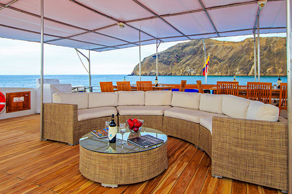 Outdoor Lounge - Archipell Galapagos Yacht