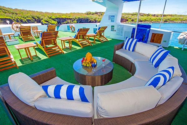 Al fresco lounge - Archipell II Galapagos Catamaran