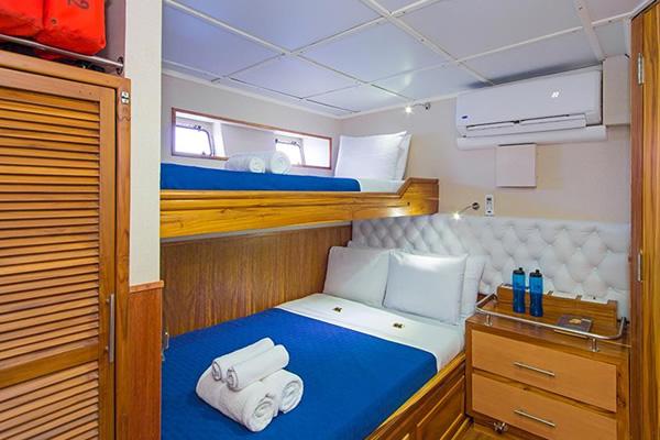 Blue Spirit Yacht - Cabin