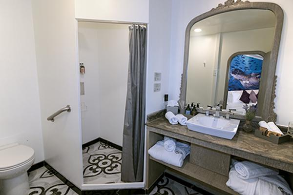 Bathroom at Calipso Galapagos Catamaran