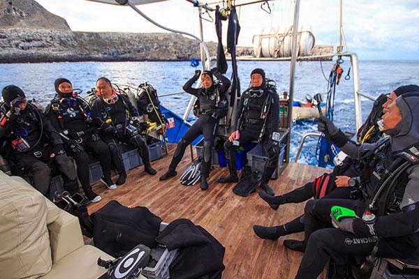 Diving Platform Danubio Azul Galapagos Cruise