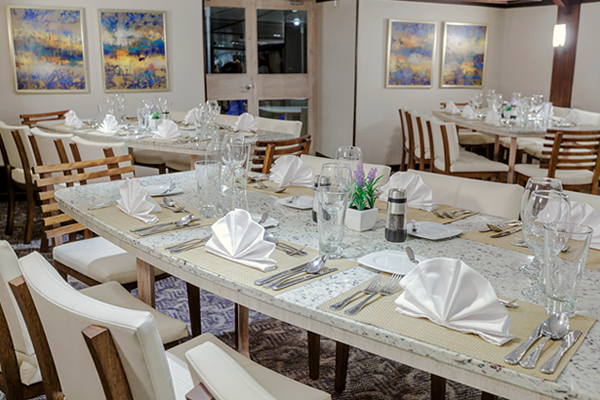 Dining Room - Evolution Galapagos Ship