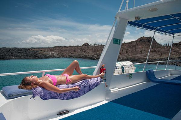 Sundeck - Fragata Galapagos Cruise Boat