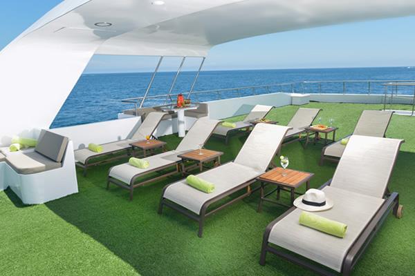 Sundeck - Galaxy Galapagos Yacht