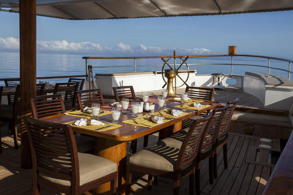 Outdoor Dining Area - Grace Galapagos Yacht