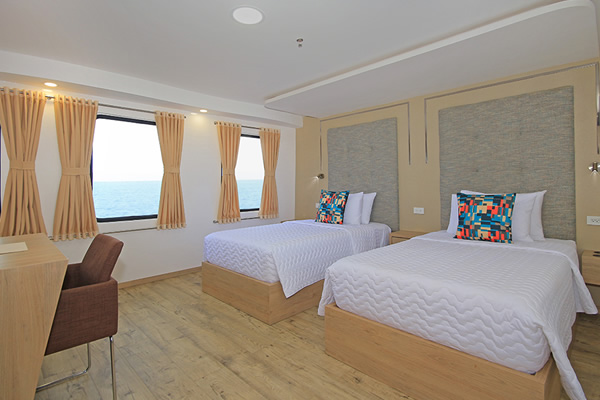 Double Room at Queen Elizabeth Galapagos Yacht