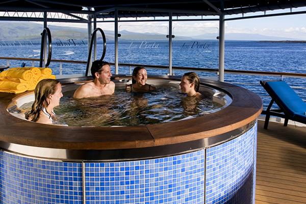 Jacuzzi at La Pinta Galapagos Cruise