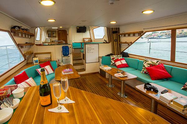 Lounge at Nortada Galapagos Diving Cruise