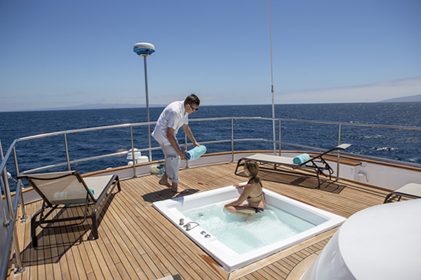 Jacuzzi and Sundeck - Passion Galapagos Yacht