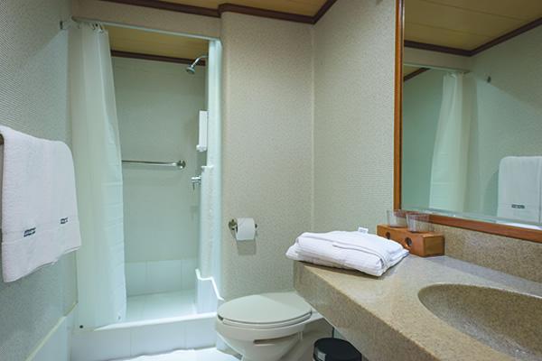 Ensuite bathroom at Seaman Journey Galapagos Cruise