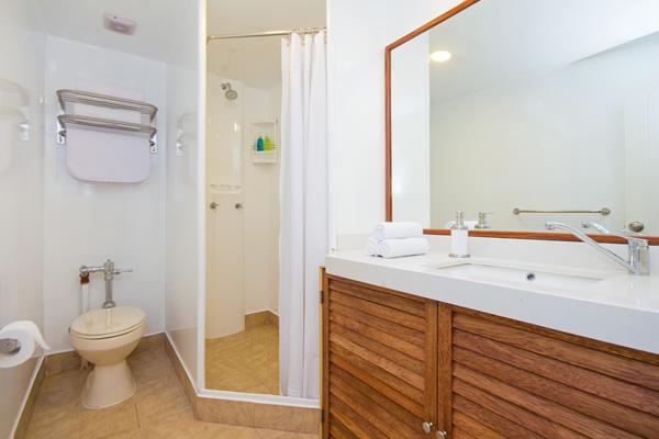 Ensuite bathroom Tip Top II Galapagos Cruise