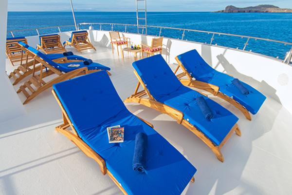 Sundeck - Tip Top II Galapagos Cruise
