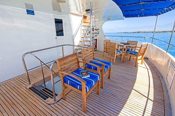 Outdoor Lounge - Tip Top IV Galapagos