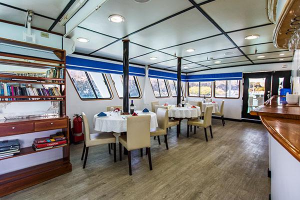 Dining Room - Yolita II Galapagos Cruise
